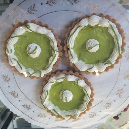 Key Lime Tart Mandalas - photo by Nadine Grzekowiak