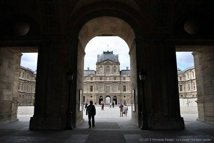Fernando Rangel - Le Louvre - La cour carrée