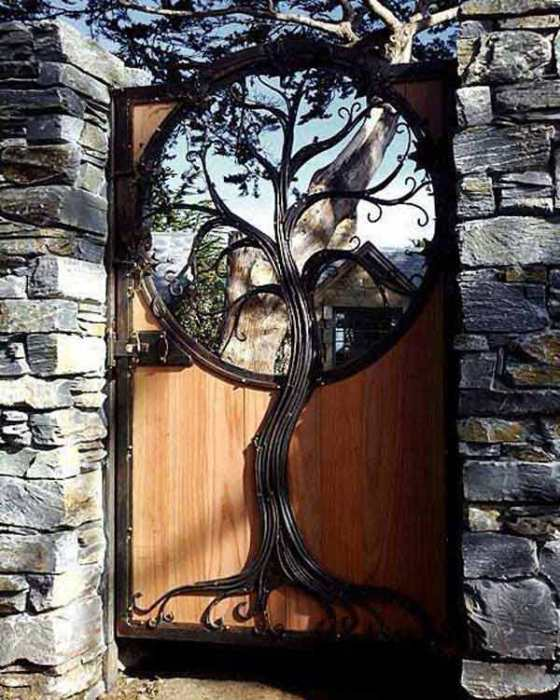 Tree Portal Gate - source unknown