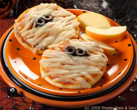 Mini Mummy Pizzas - Rhodes Bake N Serv