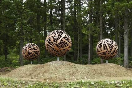 Wooden Orbs by Jaehyo Lee