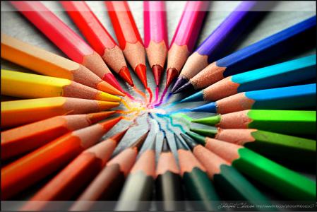 Color Pencils by Thibaut Chéron