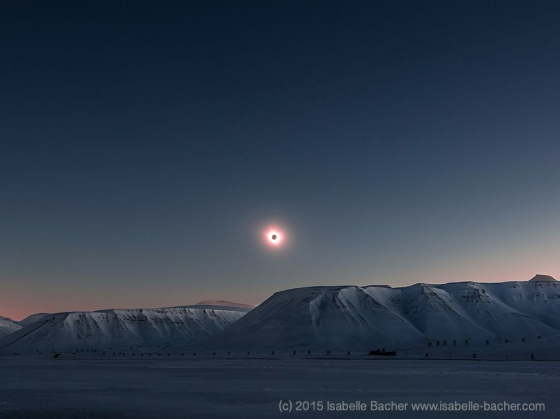 2015 Solar Eclipse by Isabelle Bacher