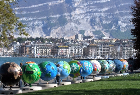 Cool Globes in Geneva - from CoolGlobes.org