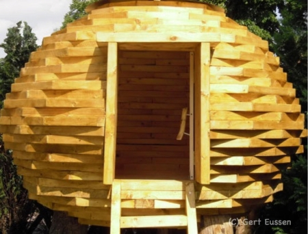 The Coco-Hut designed and built by Gert Eussen