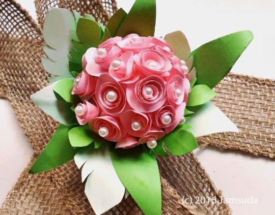 Egg-shell Flower by Jamsuda