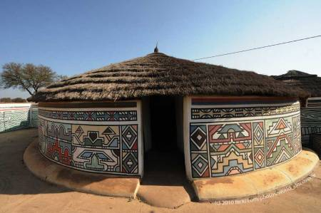 Ndebele Home - photo by world_discoverer