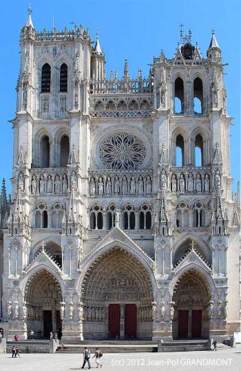 Our Lady of Amiens - full church view - photo by Jean-Pol GRANDMONT