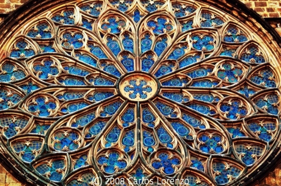 Santa Maria del Pi Rose Window - photo by Carlos Lorenzo