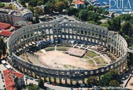 Pula Arena - source: CroatiaReviews.com