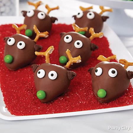 Strawberry Reindeer by PartyCity.com