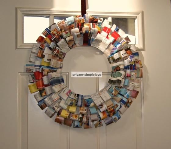 Paper Magazine Wreath by Priam SimpleJoys