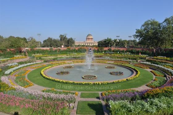 Rashtrapati Bhavan Circular Garden - source: