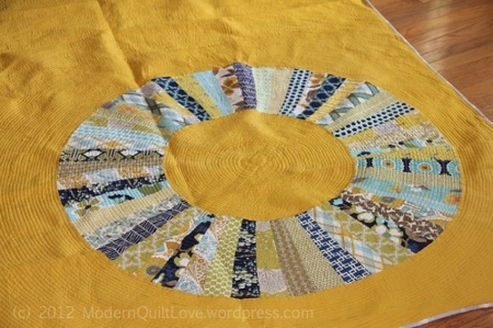 Endless Circle Quilt - close up